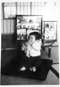 雛人形とお祝いに頂いた博多人形