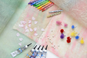 土佐雲竜顔料染の和紙と絆アートで使う素材
