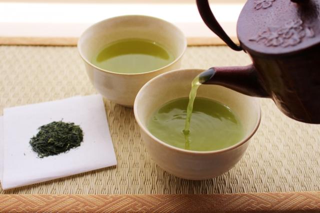 糖尿病は、毎日の緑茶とコーヒーで死亡率が低下します!