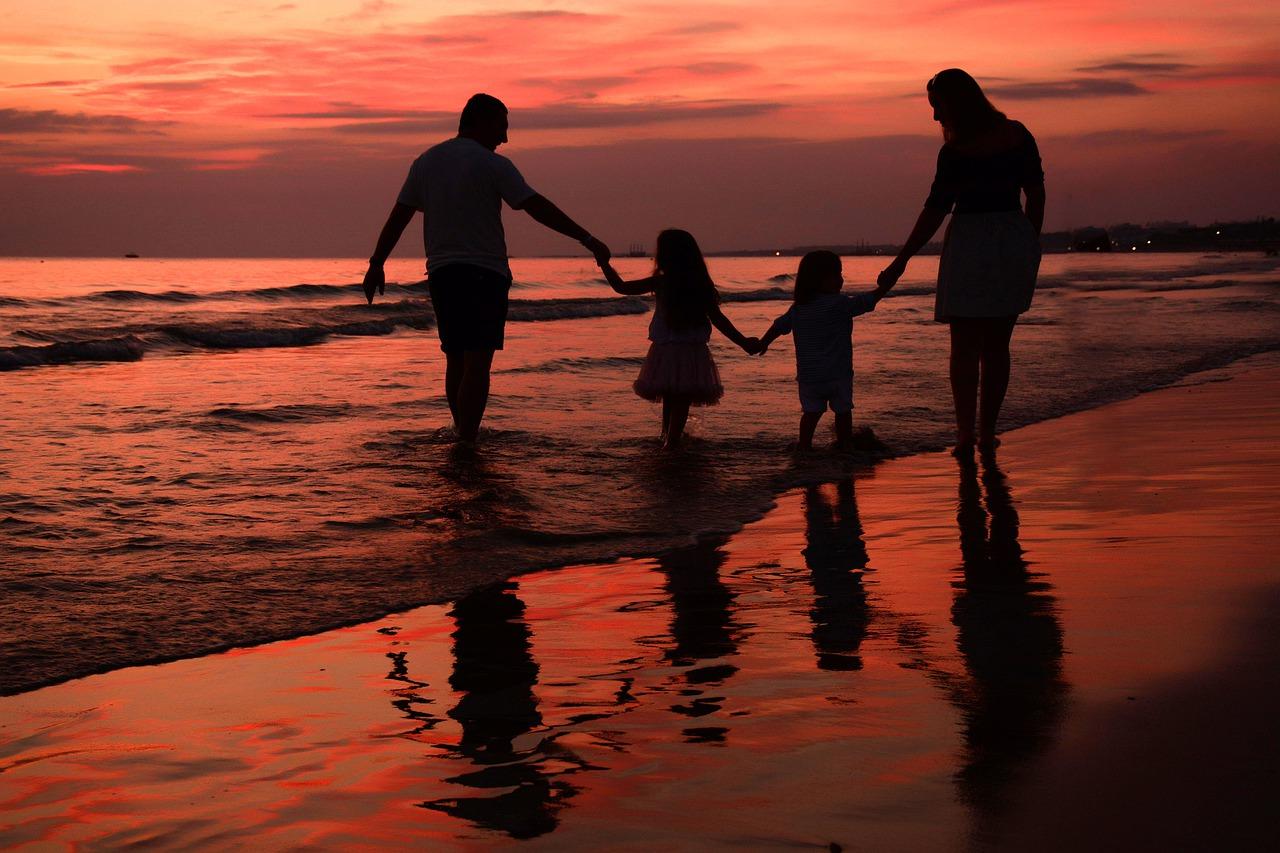 コロナ禍で、あなたは家族・夫婦のありがたみを感じましたか?