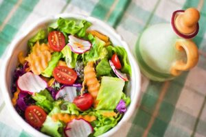 野菜摂取量が1日に100g増加するごとに、体重が25g減少