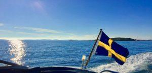 【オーダーメード・プチ動画】ヨットで渡る海の景色に、ピアノと木管楽器の爽やかなBGMを合わせた#就職祝いの#プチ動画はいかがですか?「絆のプチ動画#16」