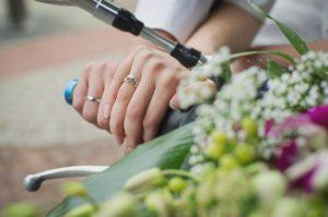 【オーダーメード・プチ動画】優しいオルガンの音色にウエディングの写真を合わせた#結婚祝いの#プチ動画はいかがですか?「絆のプチ動画#15」